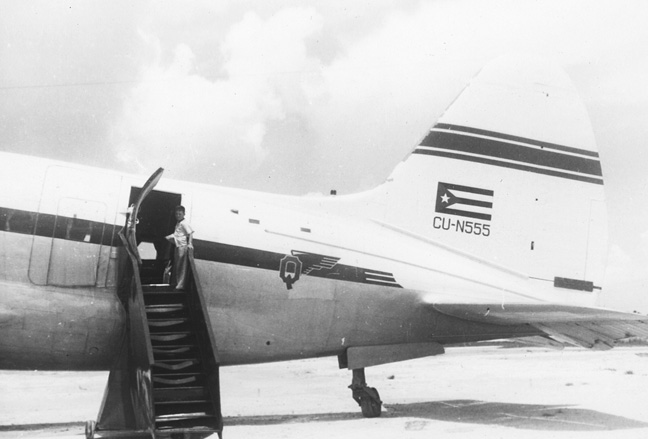 walter_cuban_airplane_1956
