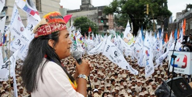 Demonstrators throughout the country demanded that the trial of Milagro Sala end with his release