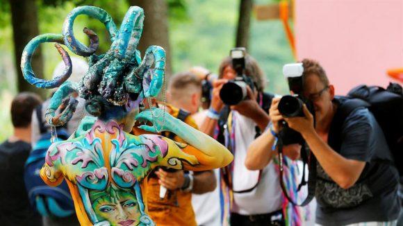 Festival Mundial de Bodypainting en Pöertschach, Austria. Foto: Reuters